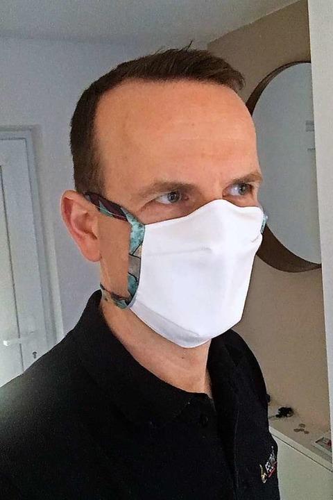 Heitersheims Feuerwehrkommandant, Kai ...gt wie die Masken der Helfer aussehen.  | Foto: privat