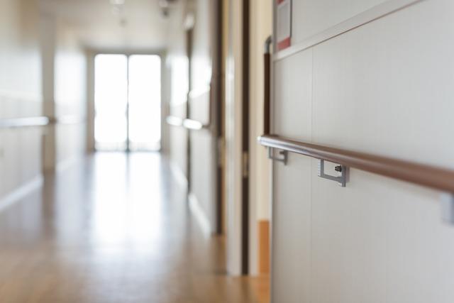 Wenn Helfer plötzlich abreisen: In der Pflege droht ein Engpass