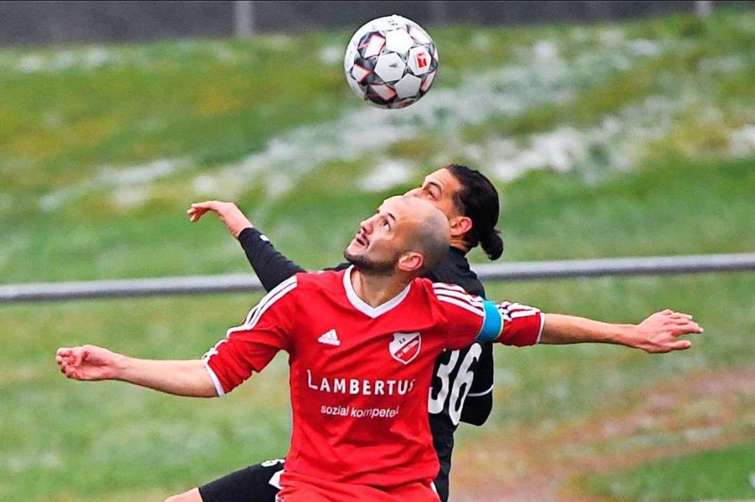 Auch abseits des Fußballplatzes stark ... Landesligisten SV Au-Wittnau (vorne).    Foto: Achim Keller