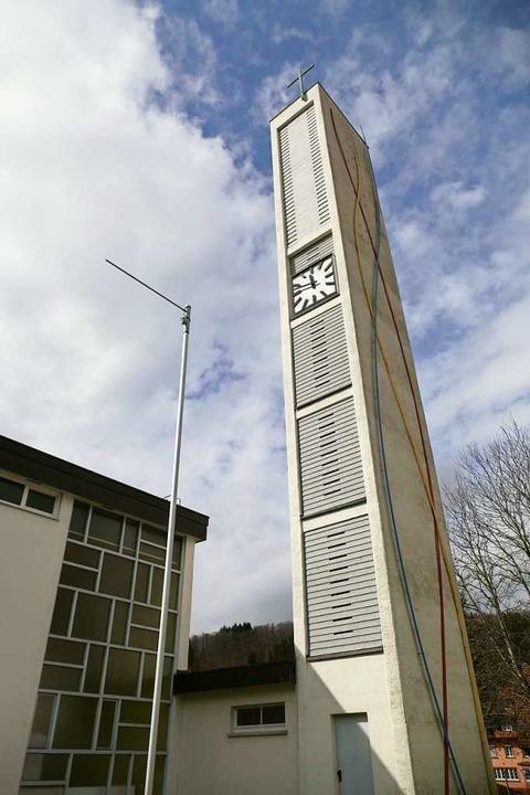 Kirche und Glockenturm der Matthäuskir...er  in uralter christlicher Tradition.  | Foto: Susanne Filz