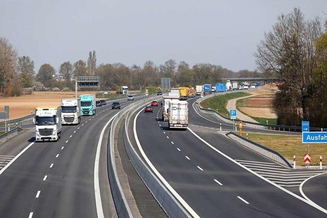 Sechsspuriger Ausbau der Autobahn 5 soll beidseitig erfolgen