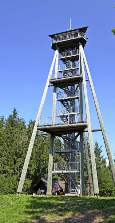 Der Hünersedelturm – ein beliebt...n. Auch der Eichbergturm ist gesperrt.    Foto: Nikolaus Bayer
