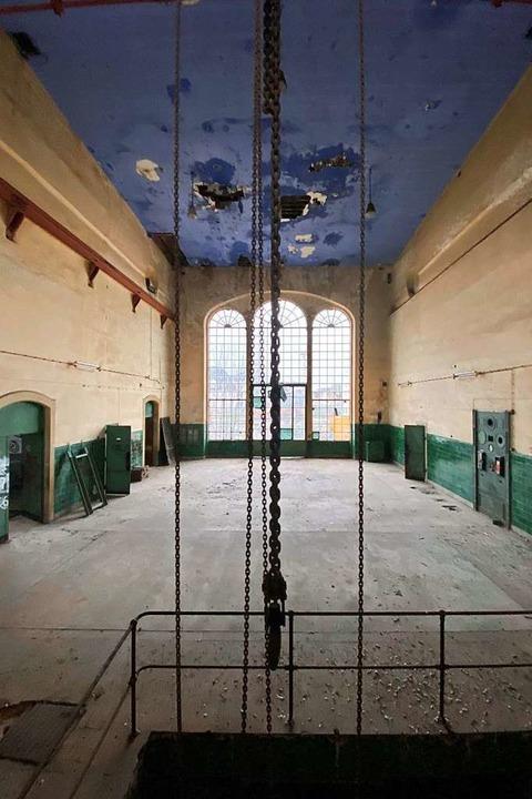 Stefan Strumbel verspricht sich Inspiration für sein Werk von diesem Raum.  | Foto: Stefan Armbruster