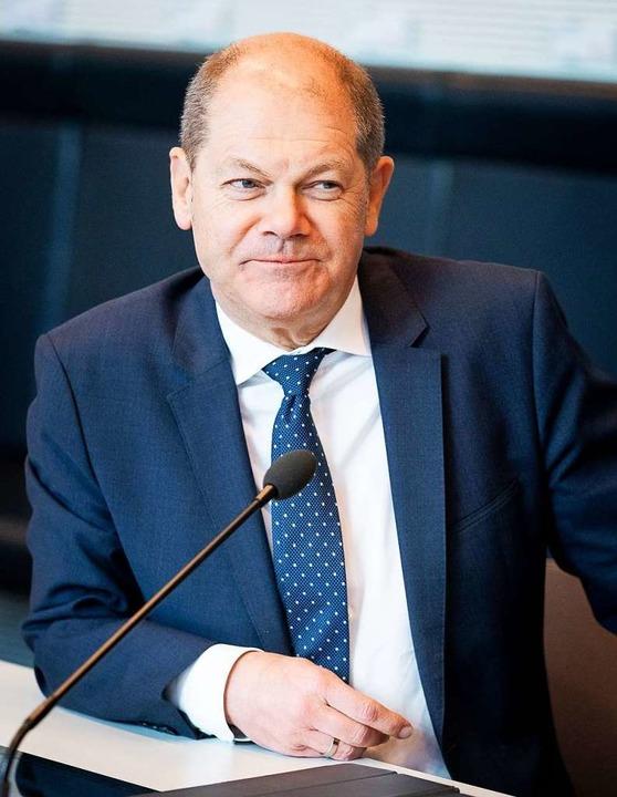 Bundesfinanzminster Olaf Scholz signal...und genügend Mittel zur Verfügung hat.  | Foto: Kay Nietfeld (dpa)