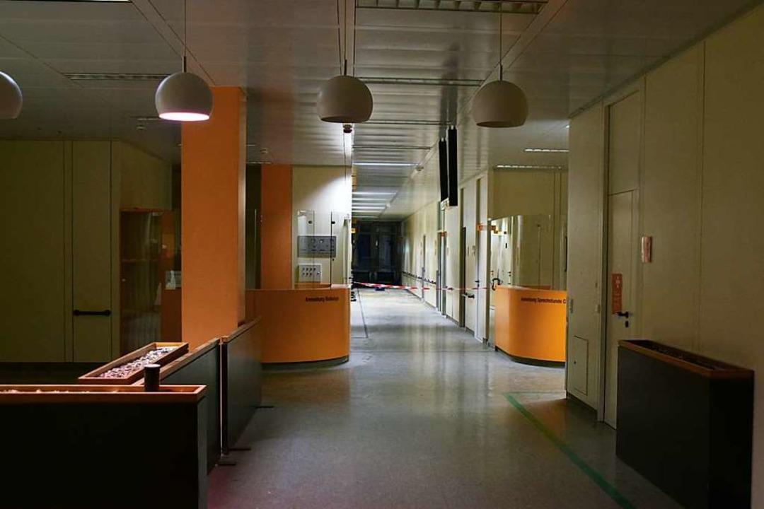 Platz genug: Leere Korridore und verwa...ldeschalter im Spital in Bad Säckingen    Foto: Stefan Ammann