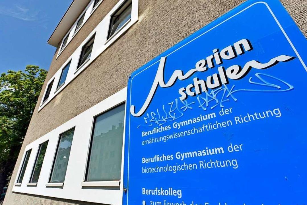 Die Merian-Schule im Stadtteil Neuburg...d zur Kindernotfallpraxis (Archivbild)  | Foto: Michael Bamberger