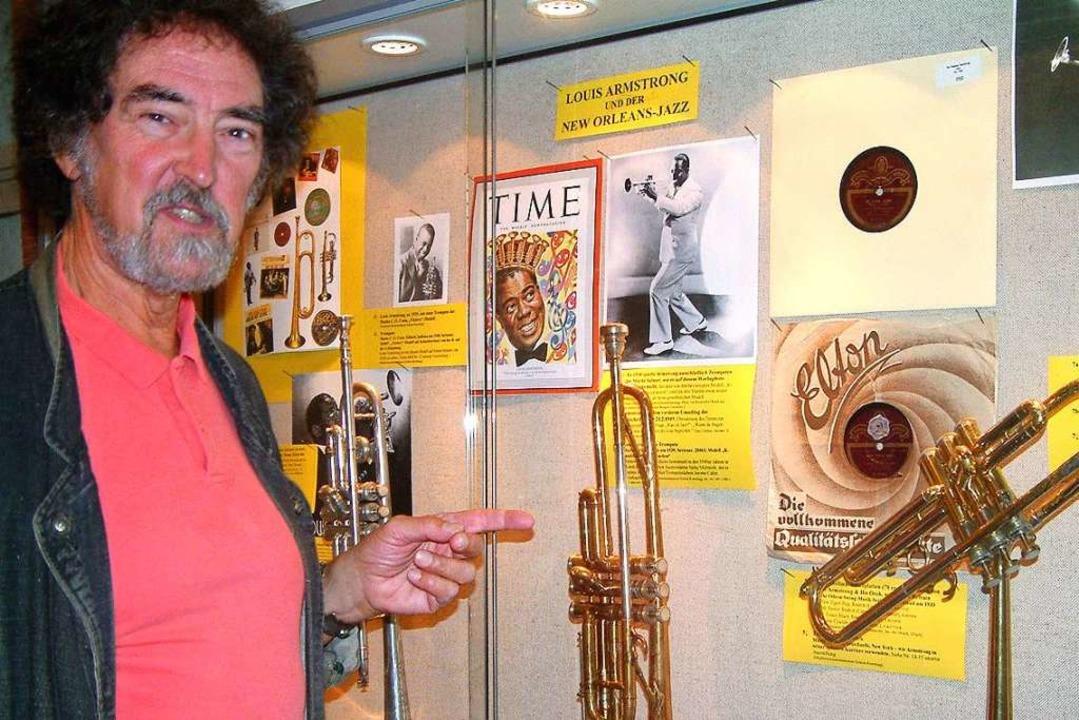 Edward H. Tarr im Bad Säckinger Trompetenmuseum.  | Foto: Roswitha Frey