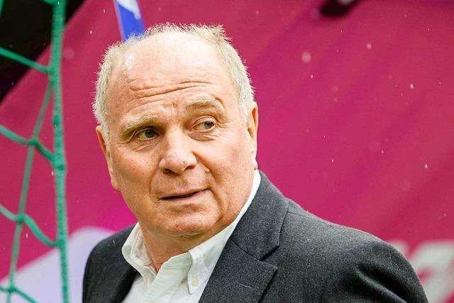 Uli Hoeneß glaubt an eine neue Fußballwelt