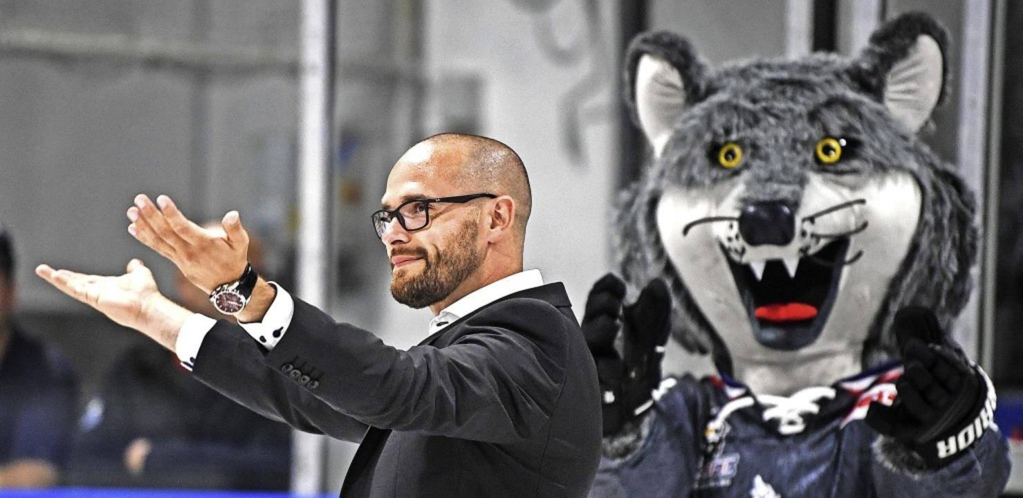 Gehen nach einer kurzen, erfolgreichen...e Wege: die Wölfe und Daniel Heinrizi   | Foto: Patrick Seeger