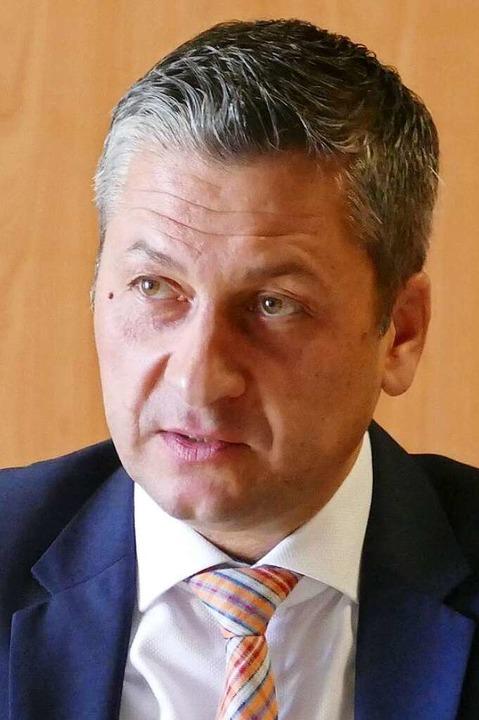 Klinikum-Geschäftsführer Christian Kel... Rahmen des Krisenmanagements wichtig.  | Foto: Helmut Seller
