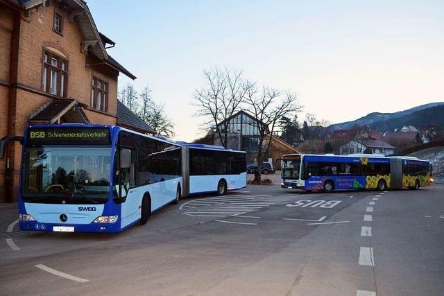 Schienenersatzverkehr im Elz- und Simonswäldertal ändert sich ab Montag: Weniger Busse und teilweise geänderte Fahrzeiten