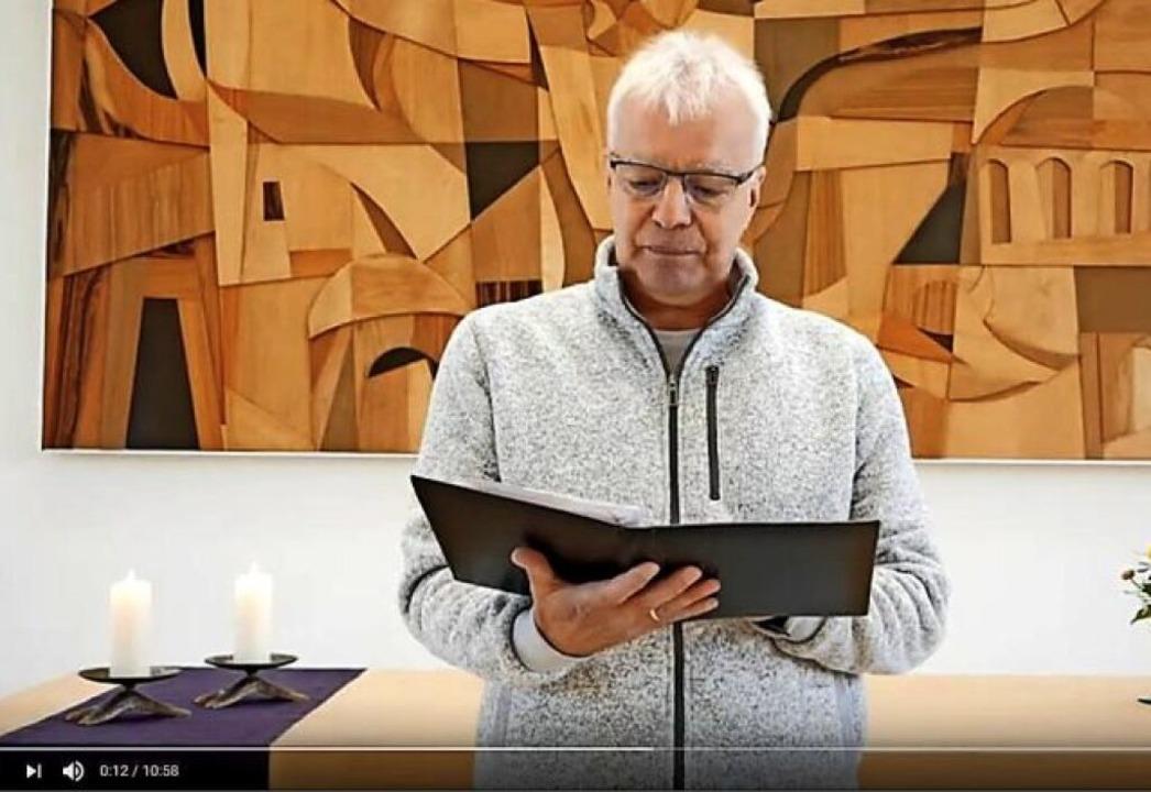Pfarrer Rainer von Oppen auf Youtube.   | Foto: Screenshot Youtube