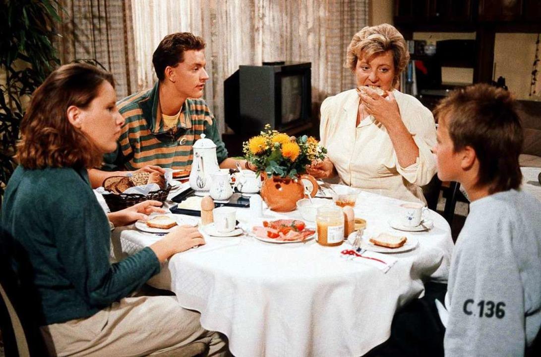 Frühstück bei den Beimers  1990: Korne...e Marjan) und Klausi (Moritz A. Sachs)  | Foto: Diane Krüger (WDR)