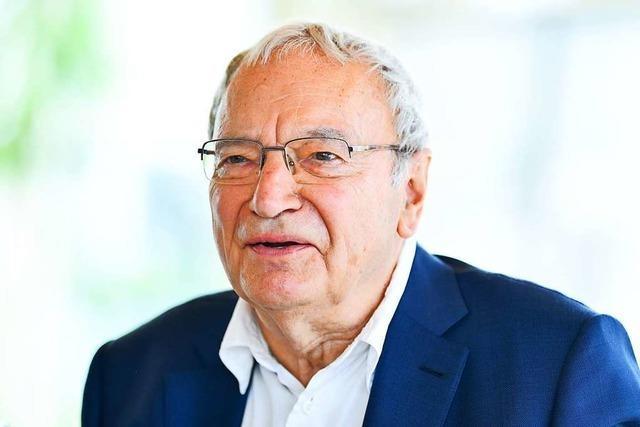 Der Schriftsteller Uwe Timm wird am 30. März 80 Jahre alt
