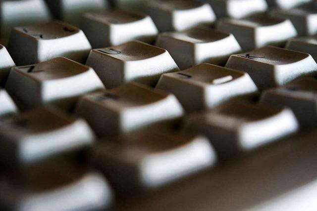 Warum sind die Buchstaben auf einer Computertastatur nicht alphabetisch sortiert?