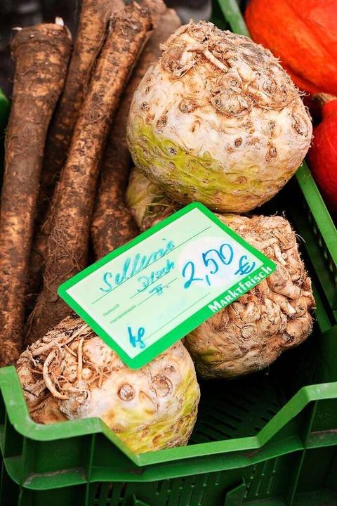 Einkäufe auf dem Markt sind auch in Zeiten von Corona möglich.    Foto: Bettina Schaller