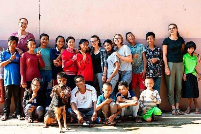 Freiburger Student setzt sich mit Verein für Kinder in Kambodscha ein