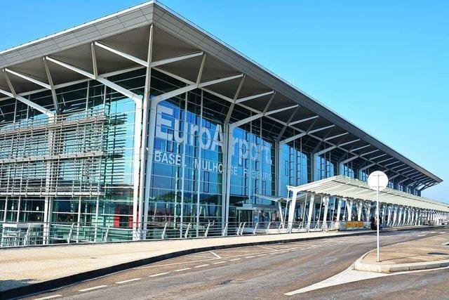 Geisterstimmung im Passagierterminal des Euroairport