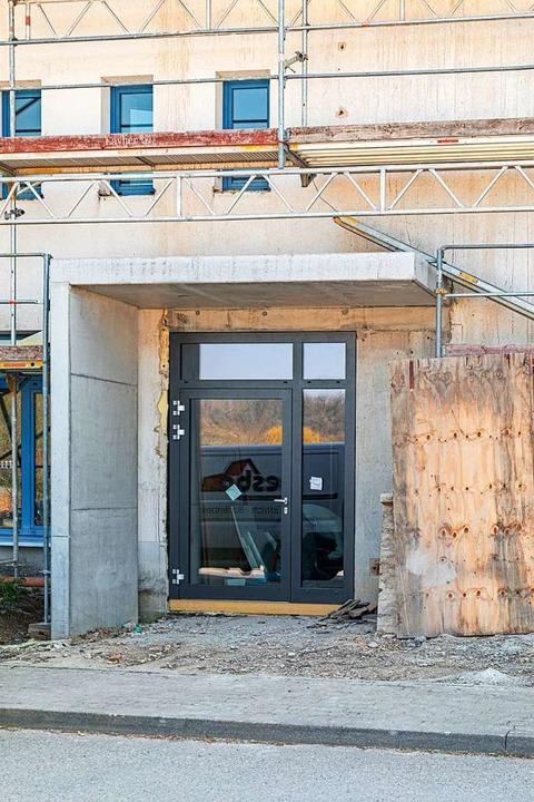 Der Eingang zur Schule  | Foto: Hubert Gemmert