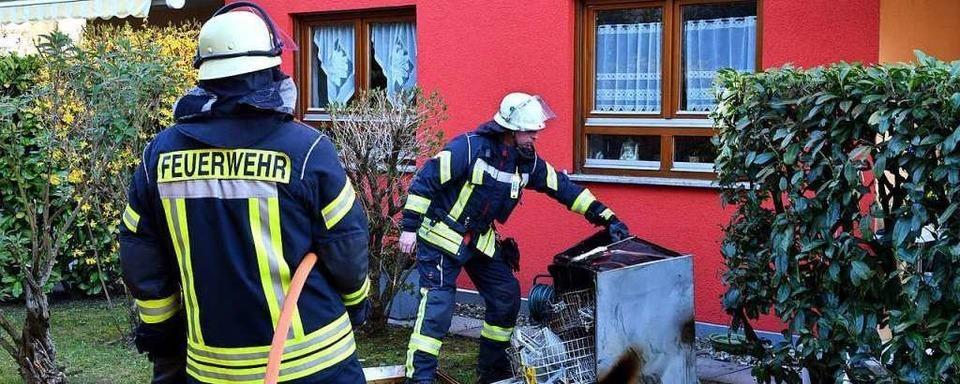 Frau nach Brand in der Hebelstraße verletzt