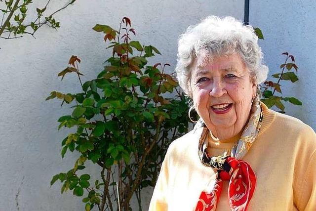 Video: Wir haben die Klopapier-Hymne einer 89-jährigen BZ-Leserin vertont