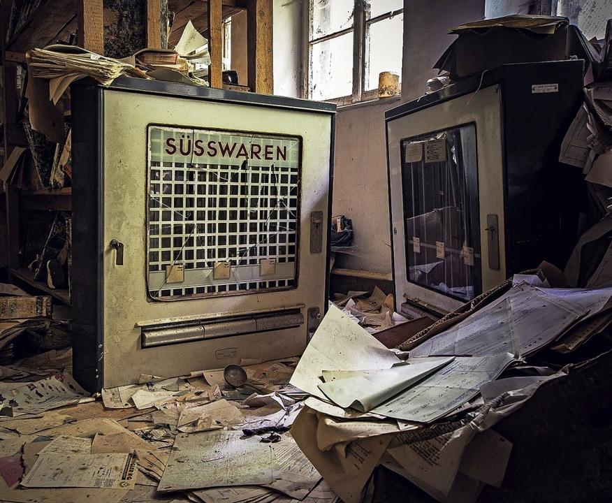 Alter Automat einer ehemaligen Schokoladenfabrik im Schwarzwald    Foto: Jasmin Seidel