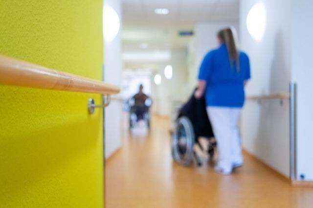 Freiburger Pflegeheimen fehlt Personal und Schutzausrüstung