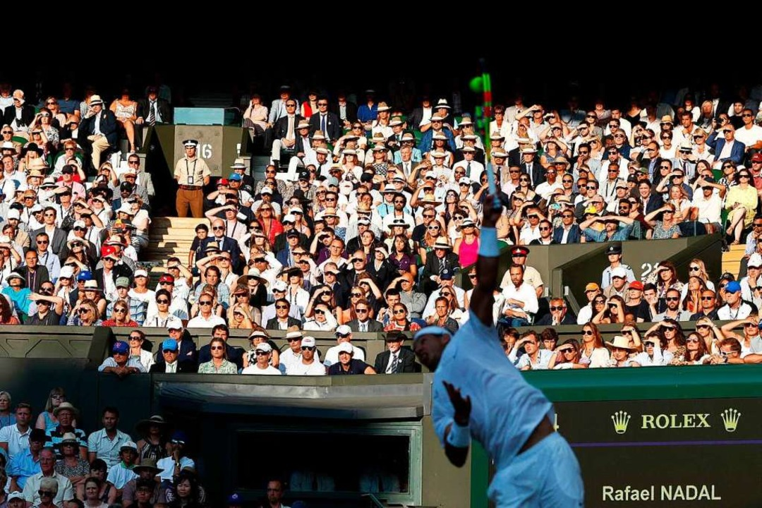 Am Mittwoch wurde Wimbledon abgesagt &... deutsche Turniere folgten dem Signal.    Foto: ADRIAN DENNIS (AFP)