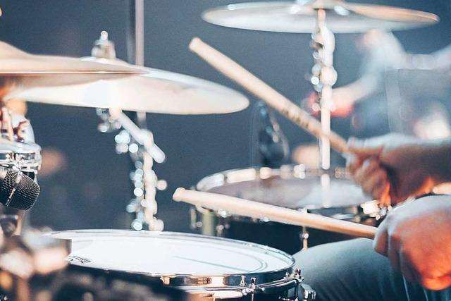 Wie Musikschulen ihren Unterricht digital weiterführen