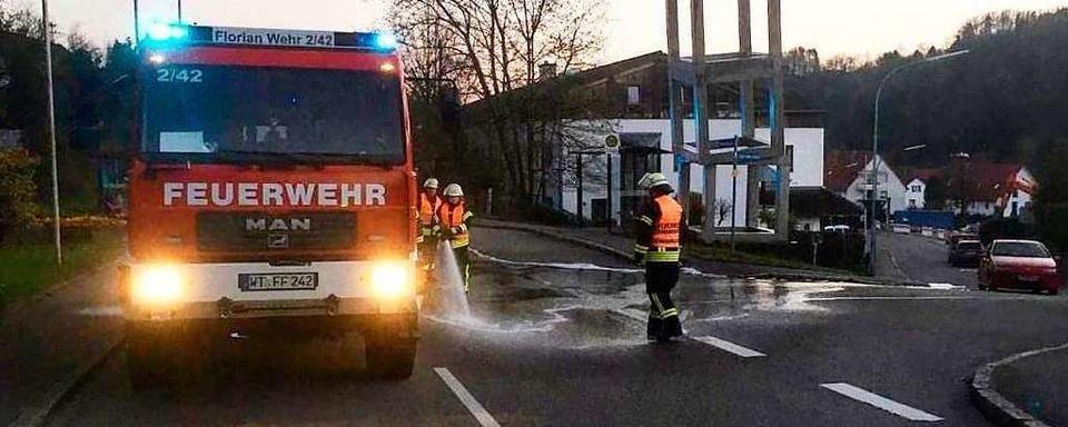 Kühlwasser auf der Straße