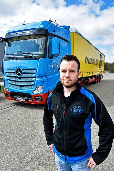 Thilo Flamm beliefert per Lkw Firmen i...ber auch in der Schweiz und im Elsass.  | Foto: Michael Bamberger