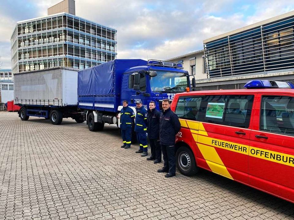 Bereit, die kostbare Fracht am Frankfurter Flughafen abzuholen.  | Foto: Stadt Offenburg