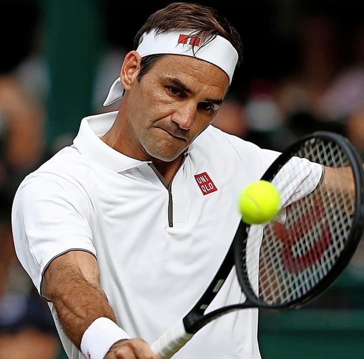 Die gute Nachricht: Federer spielt auch 2021.  | Foto: ADRIAN DENNIS (AFP)