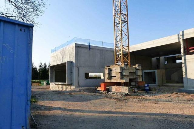 Rathausneubau in Schallstadt: Rohbau steht, Richtfest fällt aus