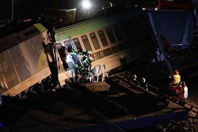 Zugunglück löst Großeinsatz im Markgräflerland aus