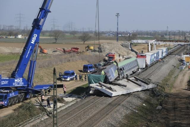 Tagelang Schienenersatzverkehr nach Zugunglück bei Auggen