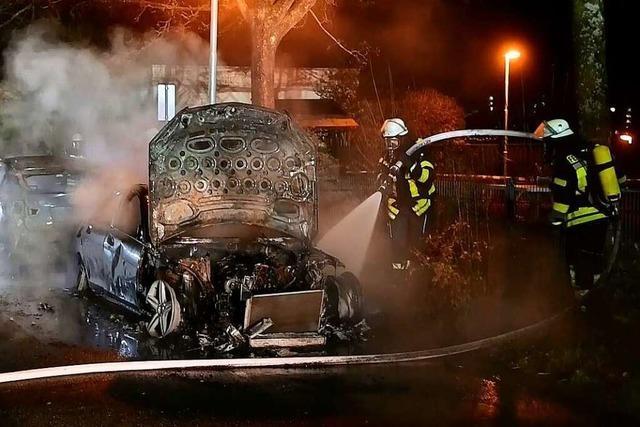 Kripo ermittelt nach Fahrzeugbränden in Lahr und Friesenheim