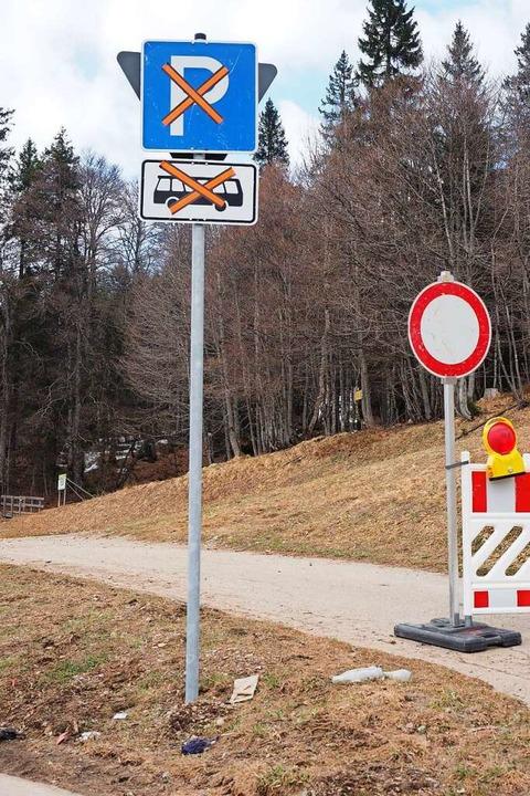 Auch die Parkplätze an der Grafenmatt sind abgesperrt.  | Foto: Susanne Gilg