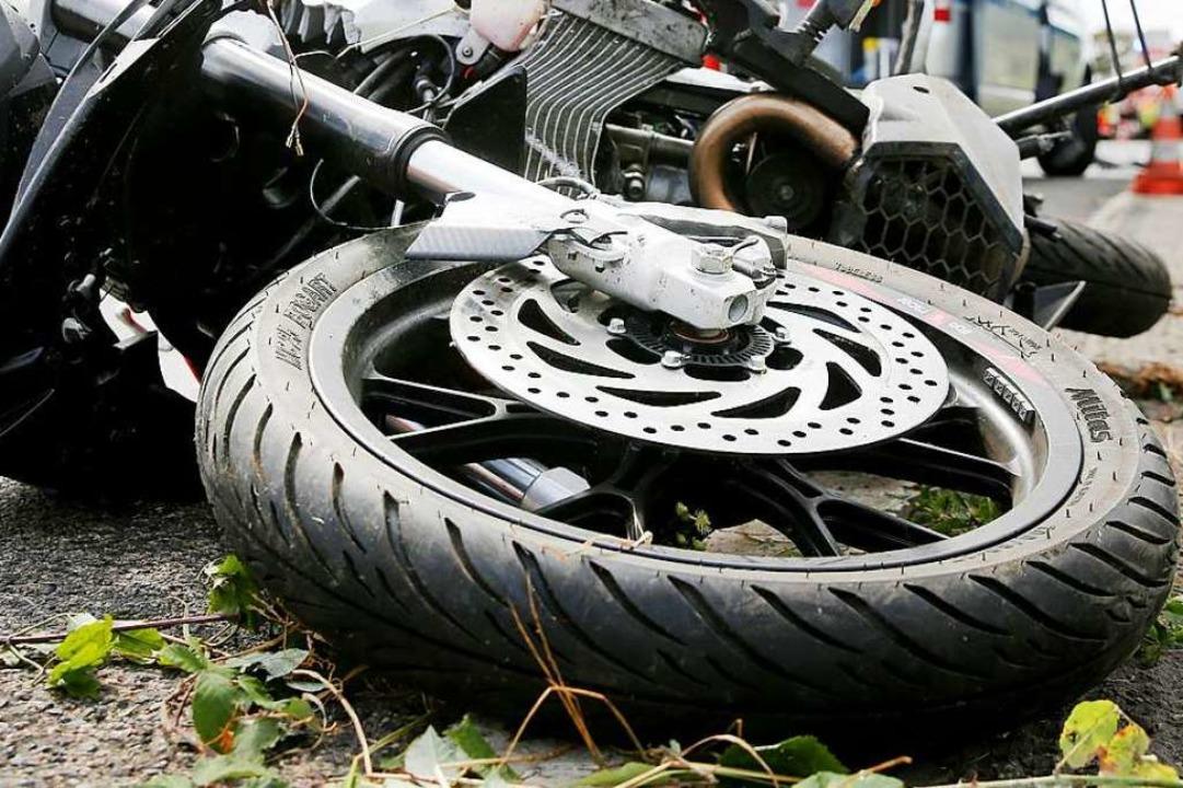 Riesenglück hatte der Motorradfahrer (Symbolbild)  | Foto: David Young (dpa)