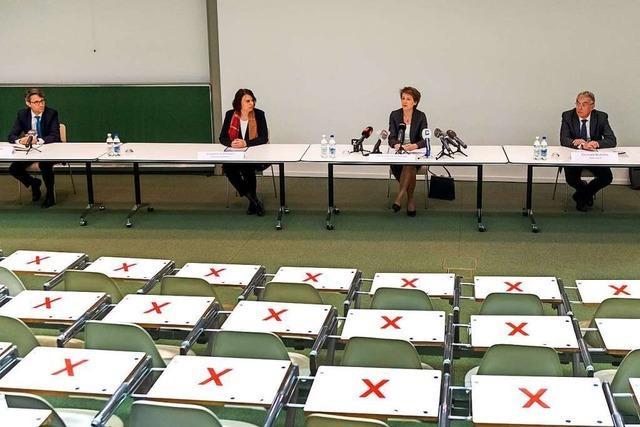 Die Schweizer Bundespräsidentin mahnt in Basel zur Geduld