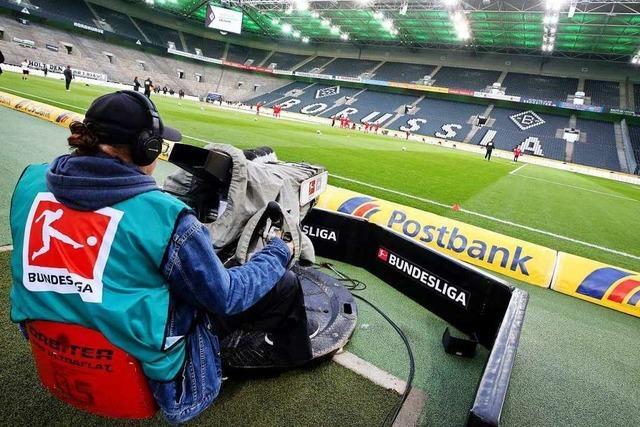 Kann die Bundesliga die Saison mit Geisterspielen doch beenden?