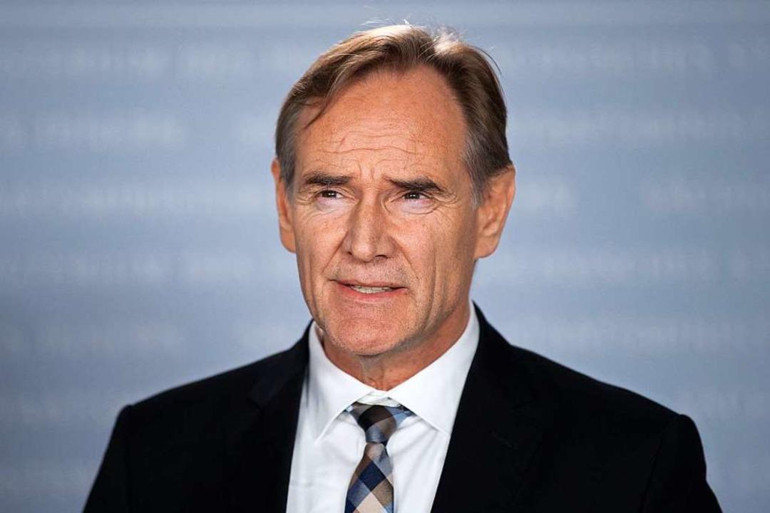 Burkhard Jung (SPD), Präsident des Deu...munen in zweistelliger Milliardenhöhe.    Foto: Sebastian Kahnert (dpa)