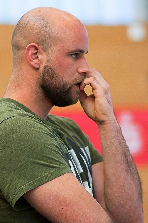 Punktgleich mit dem Meister: Matthias ...Trainer des Oberligisten CVJM Lörrach   | Foto: KREIENKAMP