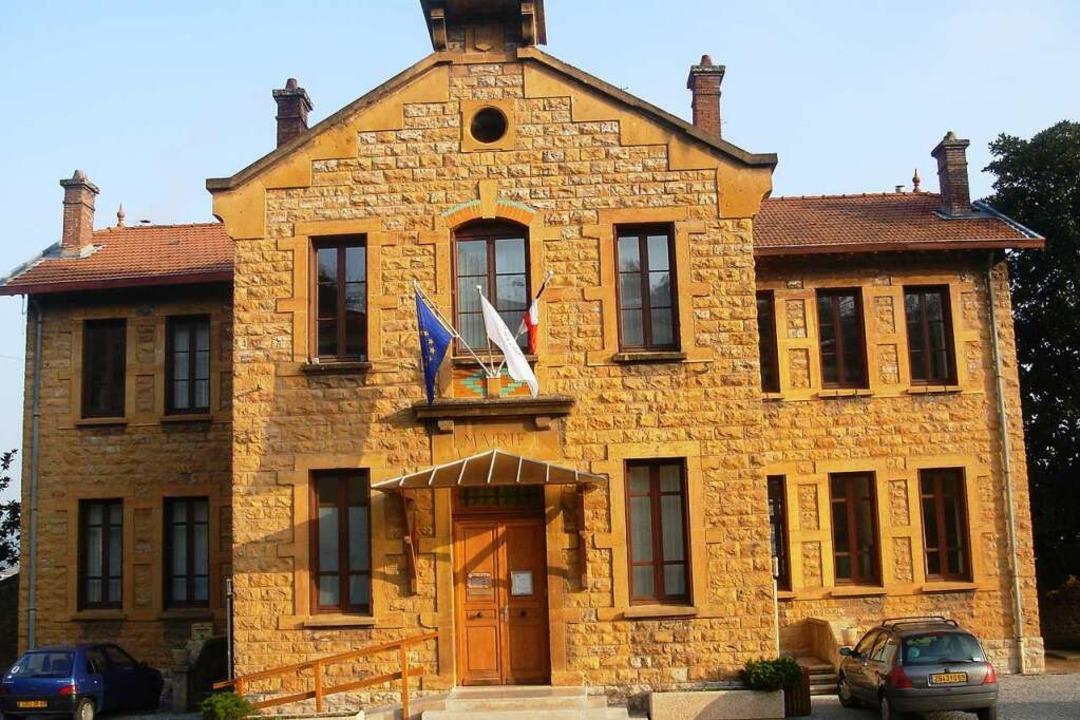 Die Rathäuser in Albigny-sur-Saône<ppp></ppp>  | Foto: Adelbert Mutz