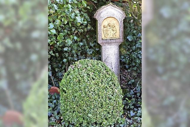 14 Stationen auf dem Friedhof