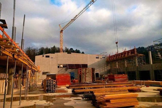 Der Bau der Mehrzweckhalle in Schönau soll sich nicht verzögern