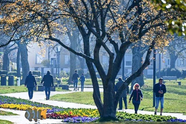 Spahn hält schrittweise Rückkehr zur Normalität nach den Osterferien für denkbar