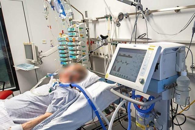 Experten sagen voraus: Beatmungsplätze in Freiburg werden ausreichen