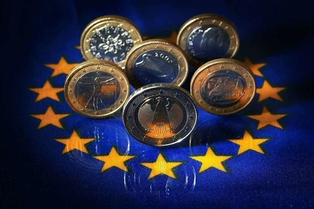 EU ringt sich zu Corona-Hilfspaket von halber Billion Euro durch