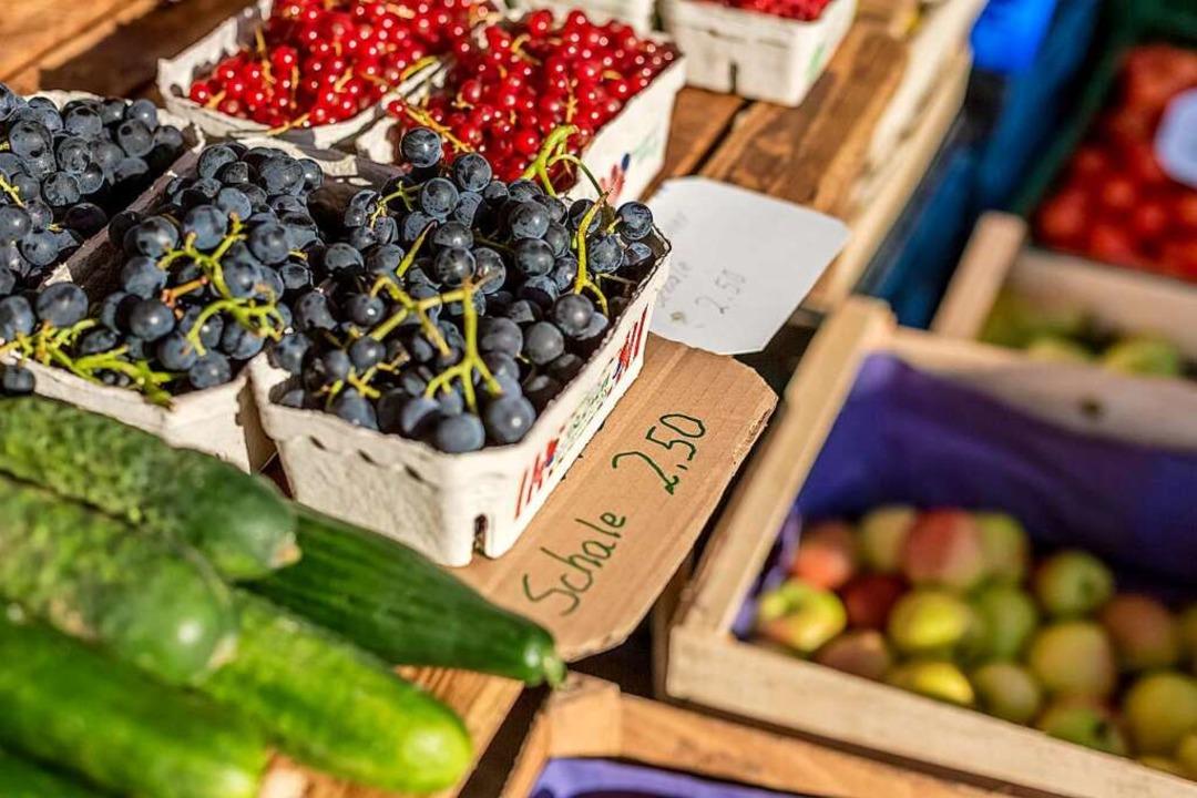 Obst und Gemüse auf dem Wochenmarkt in Lahr    Foto: Ronald Buck/Stadt Lahr